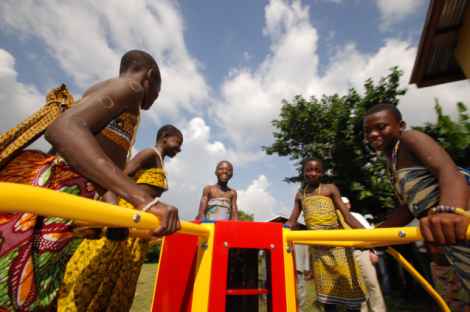 empower-playground-energy-merrygoround